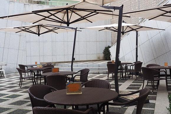 セタビカフェのテラス席